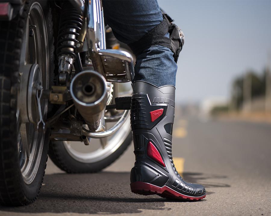 Boda Moto Riders Boot Concept Photography